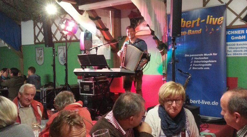 Weinfest Partyband Hubert-live Bayern