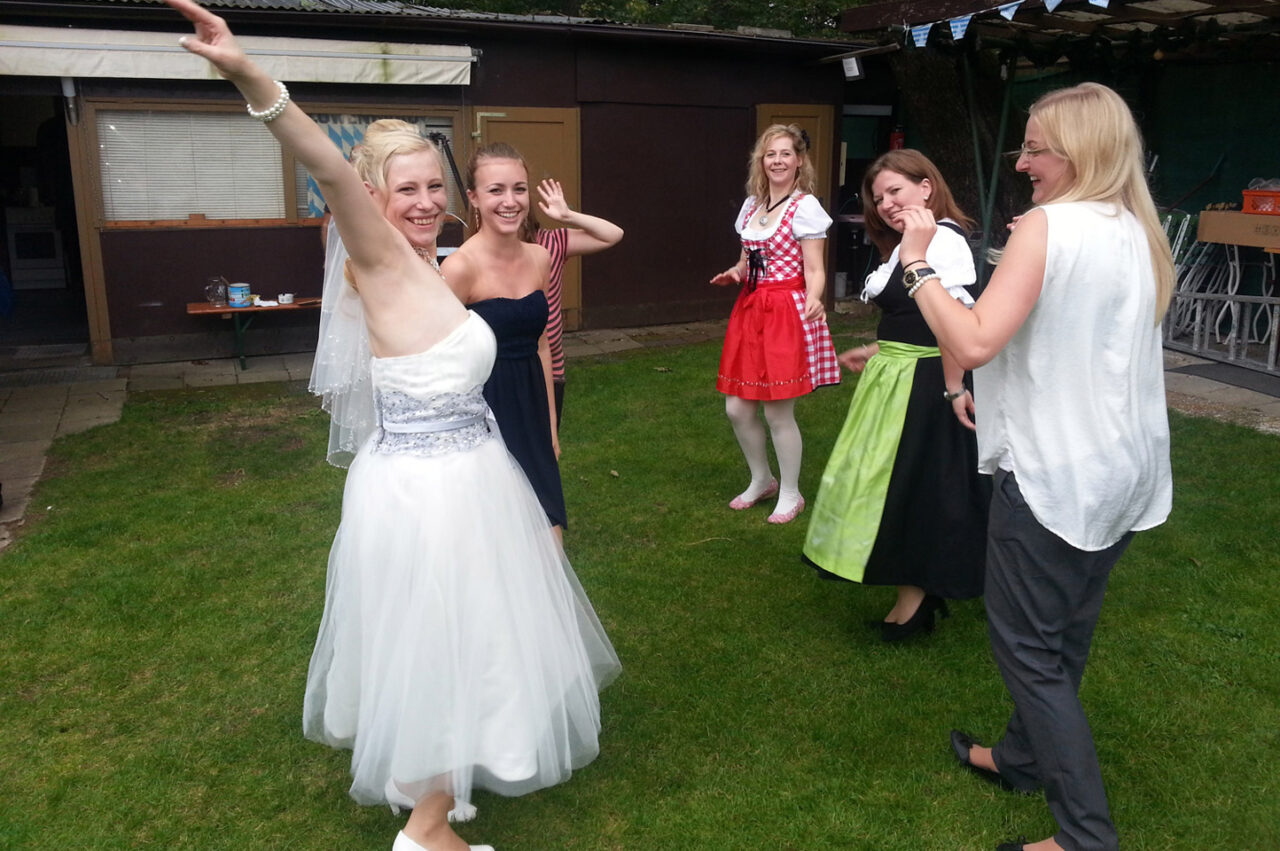 Hochzeit Gartenparty Alleinunterhalter Hubert-live Straubing