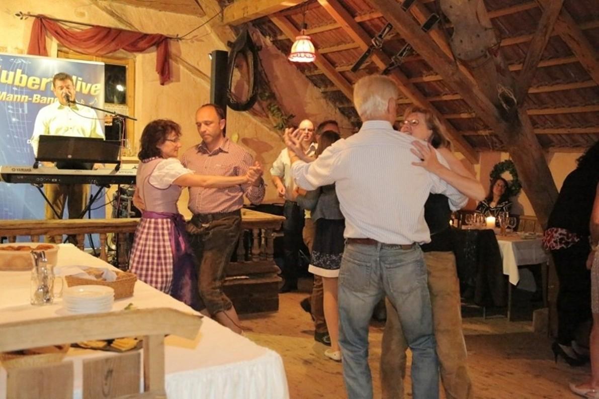 Geburtstagsparty Alleinunterhalter Hubert-live Niederbayern