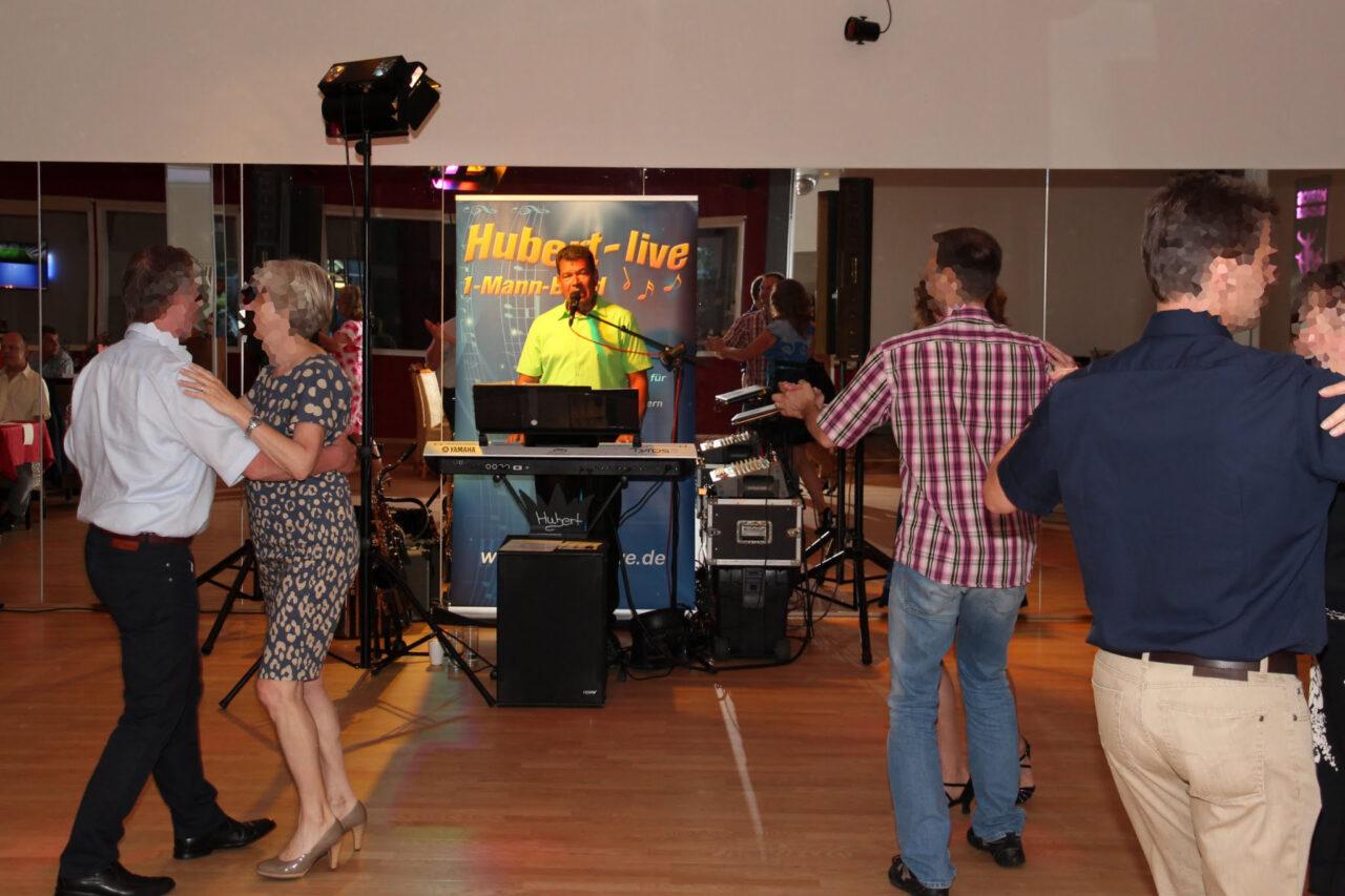 Geburtstagsparty Alleinunterhalter Hubert-live Straubing