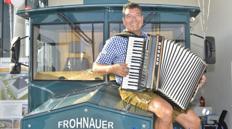 Firmenfeier Alleinterhalter Hubert-live