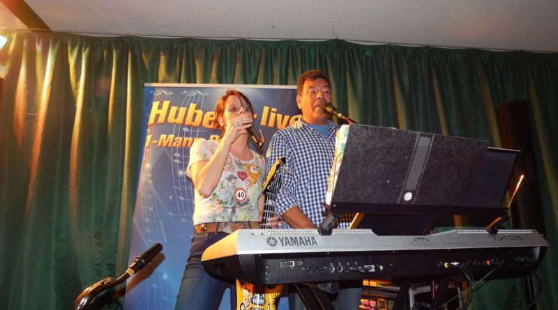 Gesangsunterstützung für Hubert-live