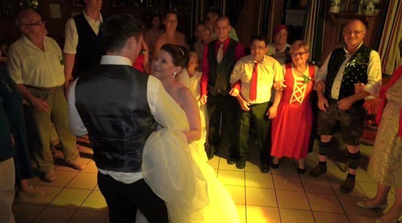 romantischer Schlußtanz Hochzeit