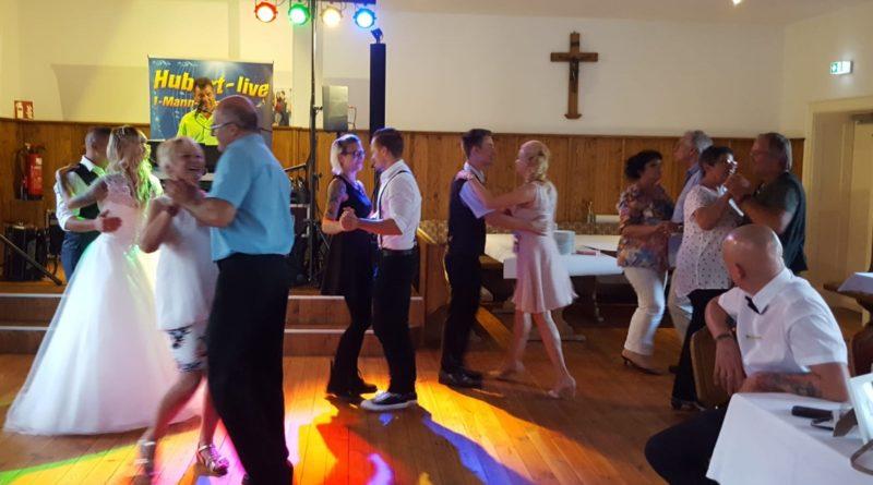 Hochzeitsfeier Straubing Tanz