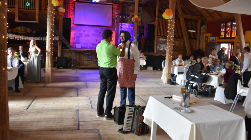 Verkleidung Bräutigam Brautentführung